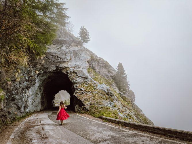 Weg zum Stausee Lac de Moiry Val d'Anniviers